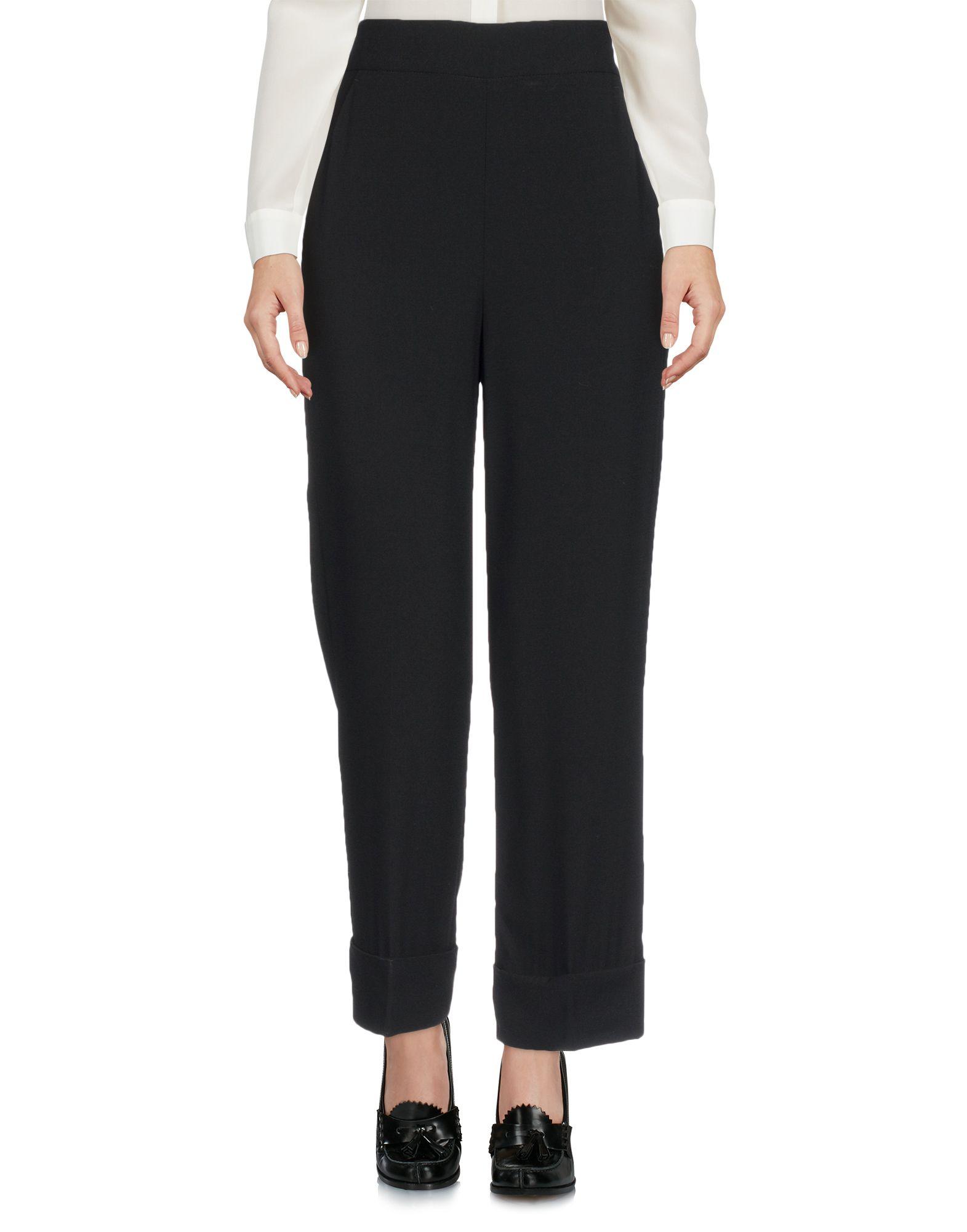 EMMA BRENDON | EMMA BRENDON 3/4-length shorts 13192391 | Goxip