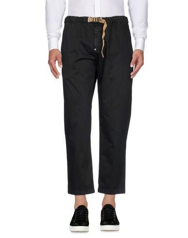 Фото - Повседневные брюки от WHITE SAND 88 черного цвета