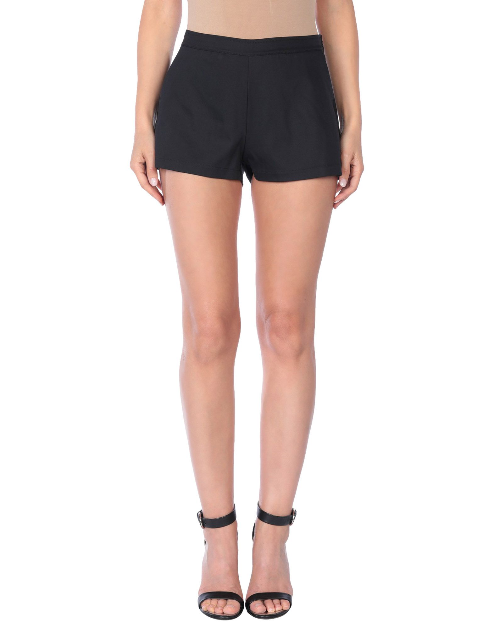 LORELLA SIGNORINO | LORELLA SIGNORINO Shorts | Goxip