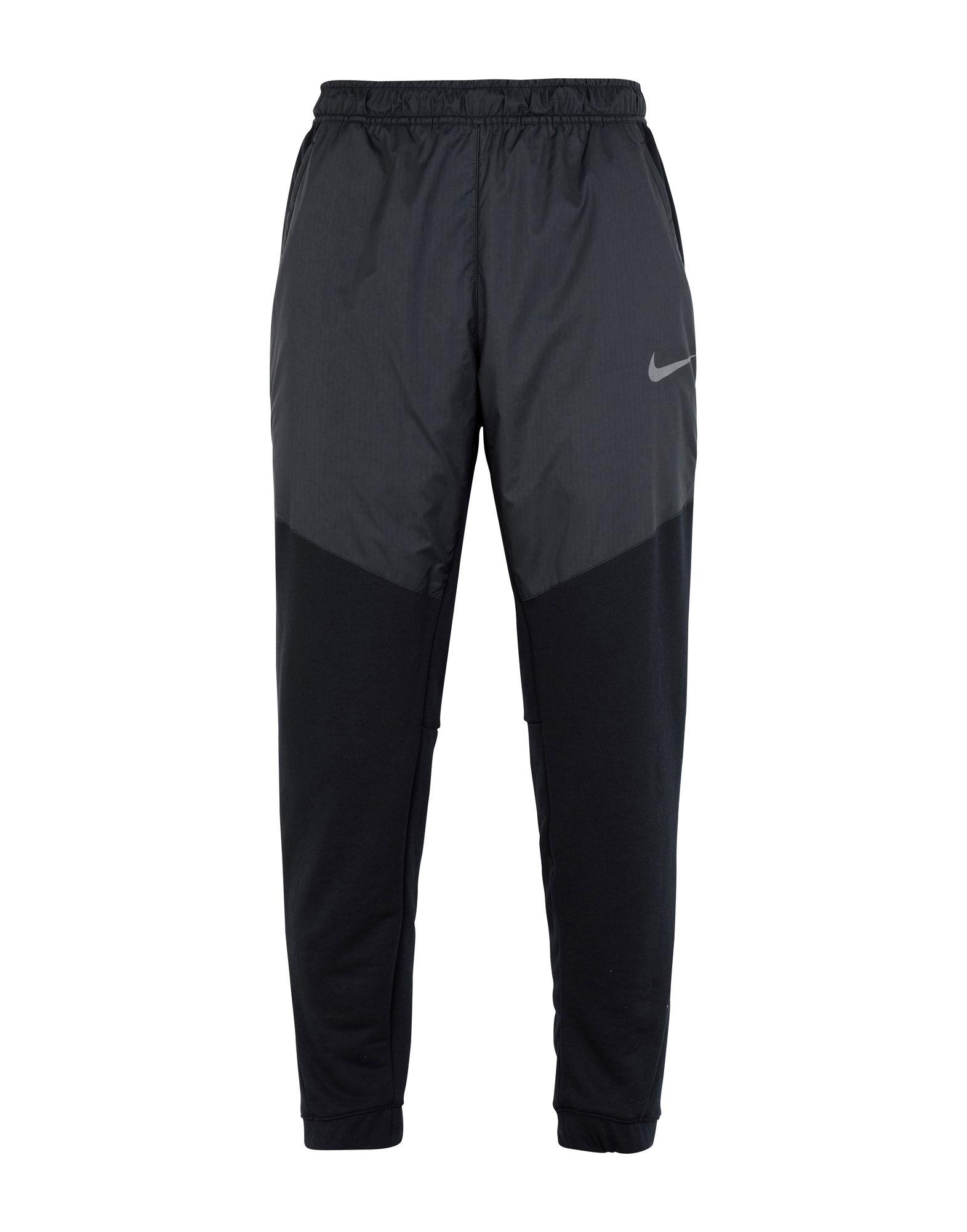 NIKE Повседневные брюки