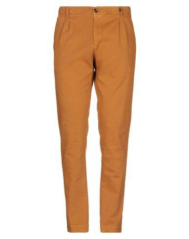 Фото - Повседневные брюки от MYTHS коричневого цвета