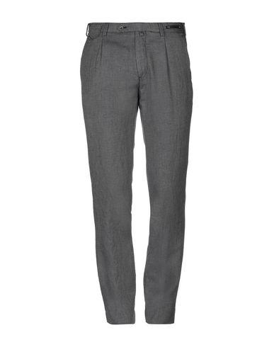 Фото - Повседневные брюки от PT01 цвета хаки