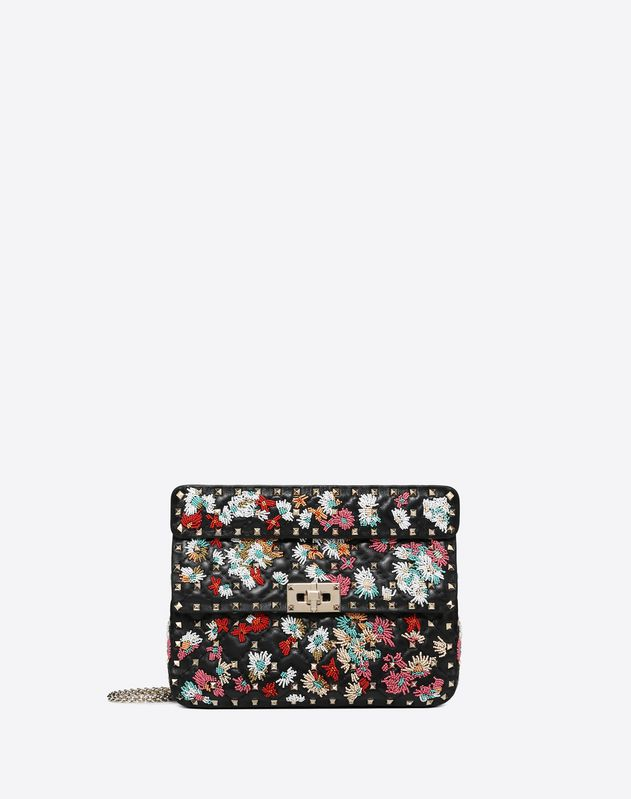 Medium flower embroidery motif Rockstud Spike.it bag