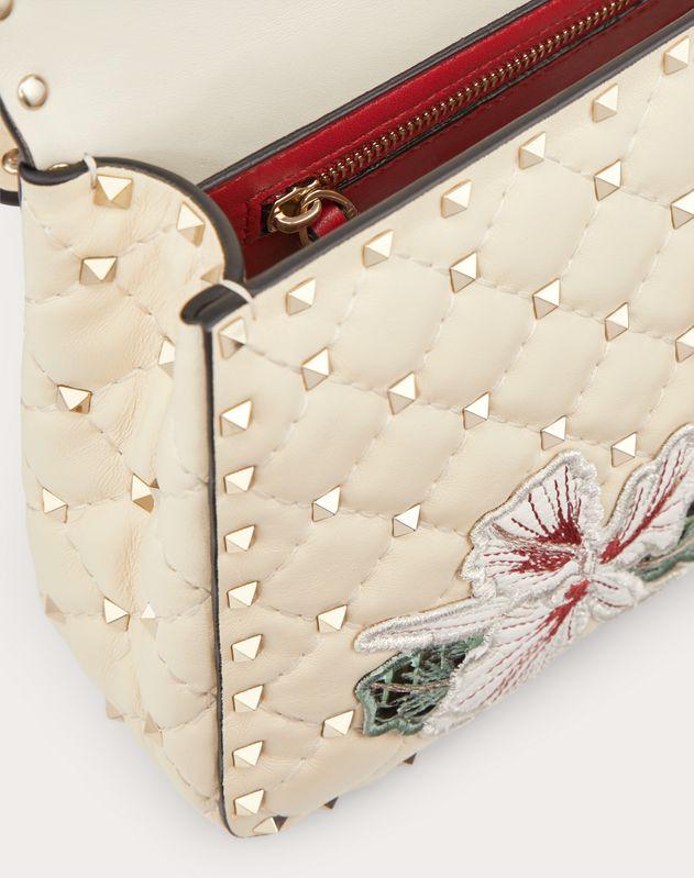 Medium hibiscus embroidery Rockstud Spike.it Bag