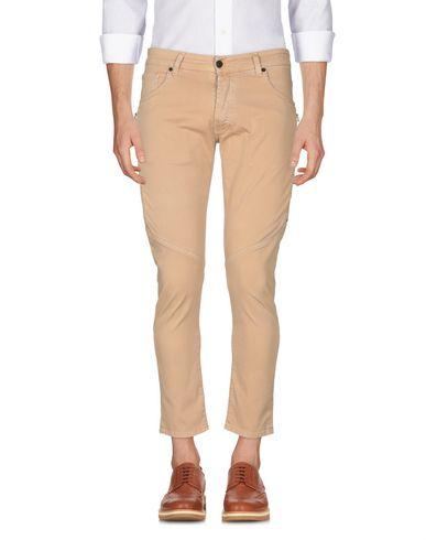 Фото 2 - Повседневные брюки от LABELROUTE цвет верблюжий