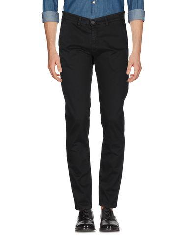 Фото 2 - Повседневные брюки от LIU •JO MAN черного цвета
