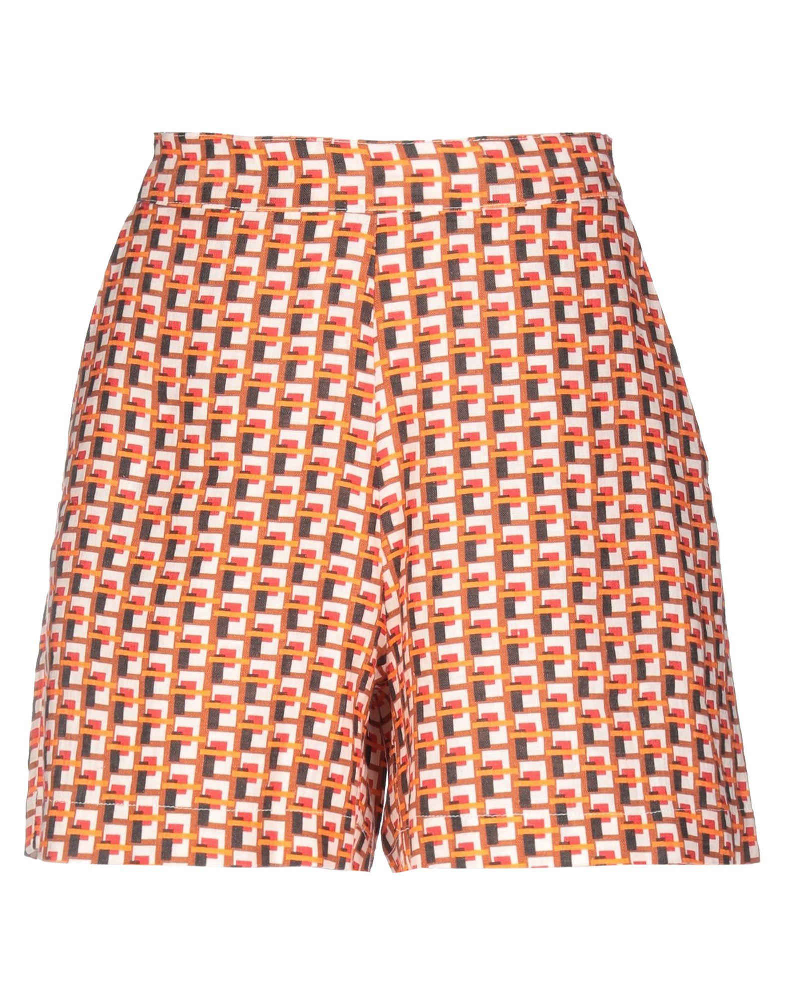 цена на LFDL LA FABBRICA DEL LINO Повседневные шорты