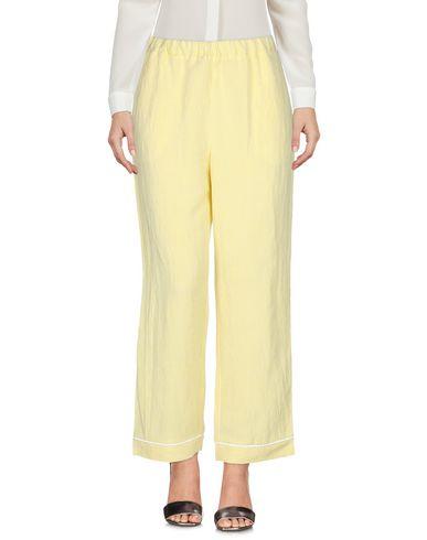 Фото 2 - Повседневные брюки от MOMONÍ светло-желтого цвета