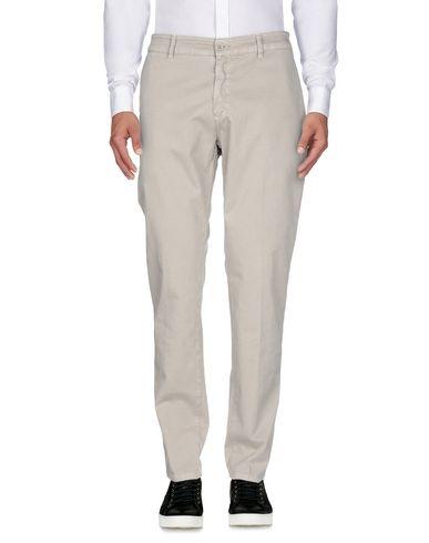 Фото 2 - Повседневные брюки от LIU •JO MAN серого цвета
