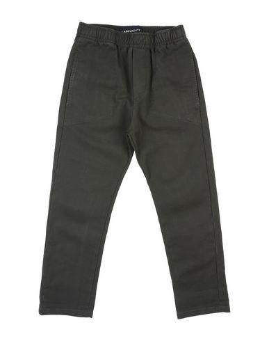 Фото - Повседневные брюки от LABELROUTE цвет зеленый-милитари