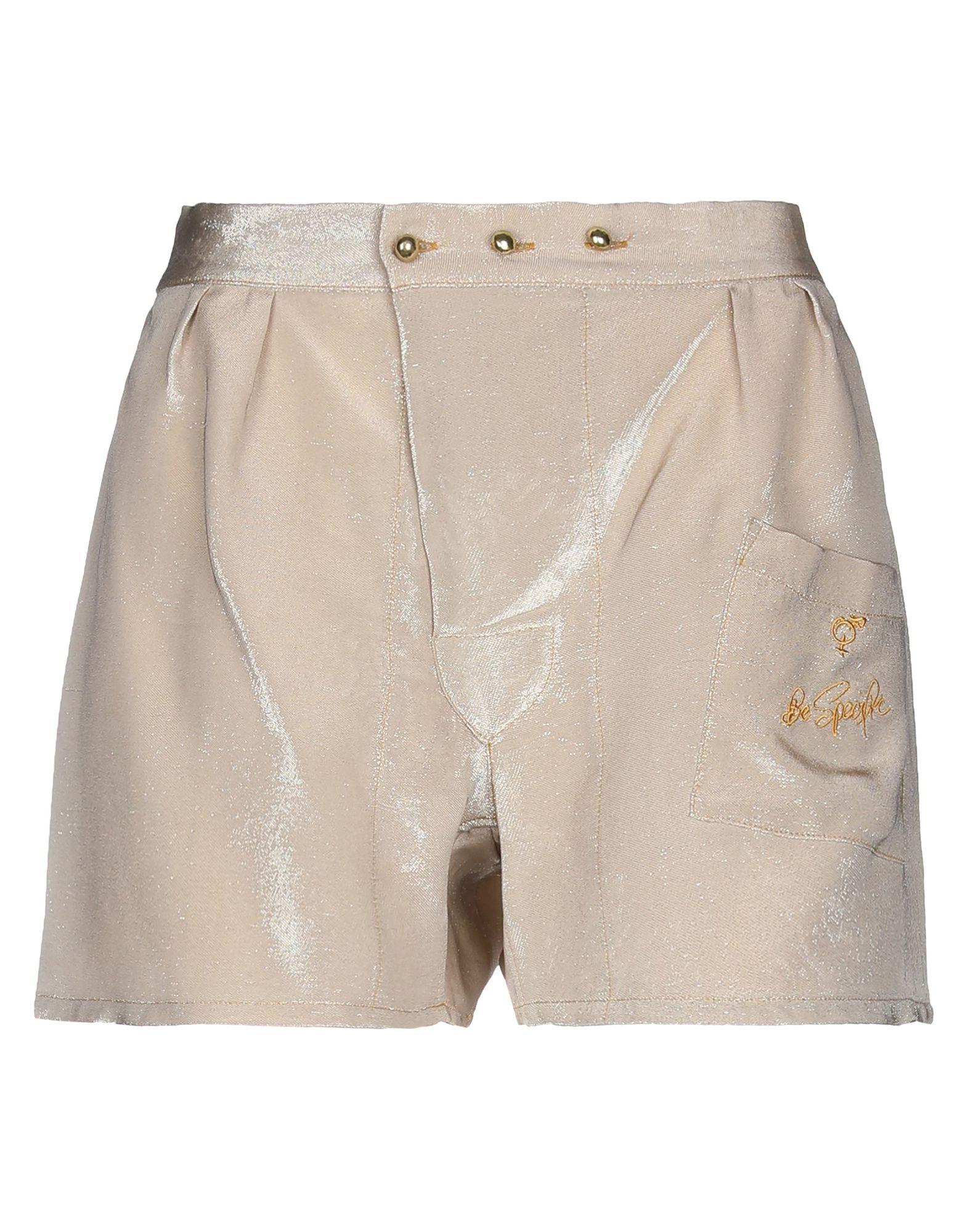 ANDREAS KRONTHALER for VIVIENNE WESTWOOD Повседневные шорты недорго, оригинальная цена