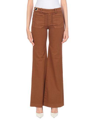 Фото - Повседневные брюки от DITTOS коричневого цвета