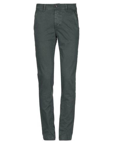 Фото - Повседневные брюки от CAMOUFLAGE AR AND J. зеленого цвета