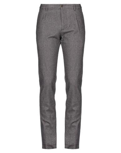 Фото - Повседневные брюки от MYTHS темно-коричневого цвета