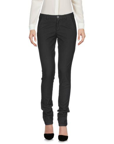Фото 2 - Повседневные брюки от 40WEFT черного цвета