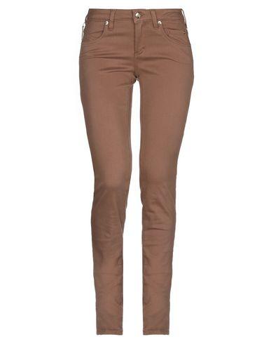Фото - Повседневные брюки от SIVIGLIA коричневого цвета