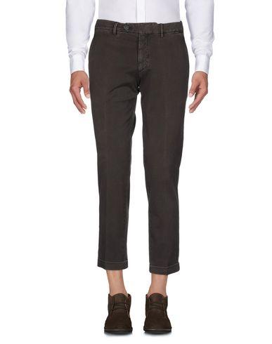 Фото 2 - Повседневные брюки от MICHAEL COAL темно-коричневого цвета