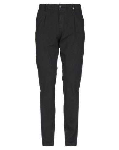 Фото - Повседневные брюки от MYTHS черного цвета