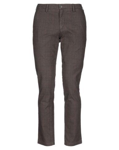 Фото - Повседневные брюки от NORWICH коричневого цвета