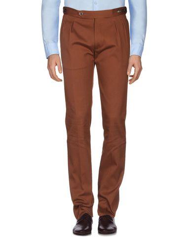 Фото 2 - Повседневные брюки от TAGLIATORE коричневого цвета