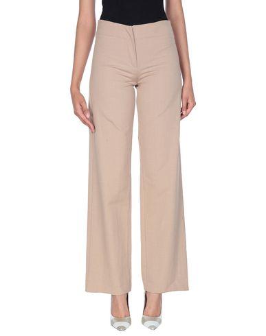 Фото - Повседневные брюки от COLLECTION PRIVĒE? цвет песочный