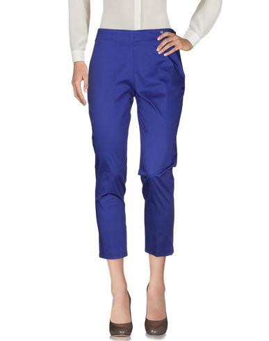 Фото 2 - Повседневные брюки от LAFTY LIE ярко-синего цвета