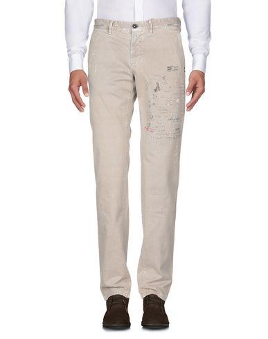 Фото 2 - Повседневные брюки от INCOTEX RED бежевого цвета