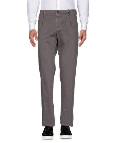 Фото 2 - Повседневные брюки от MYTHS свинцово-серого цвета