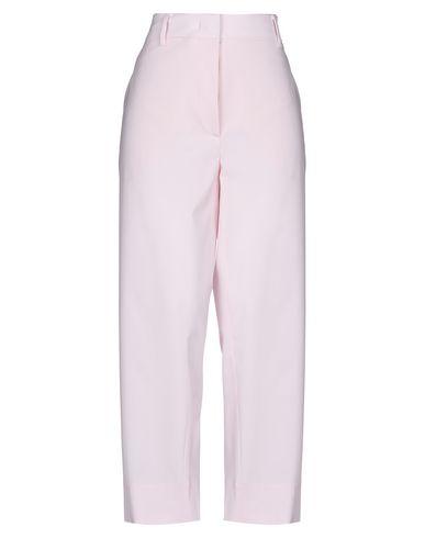 Фото - Повседневные брюки от CEDRIC CHARLIER светло-розового цвета