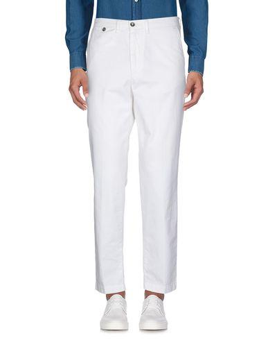 Фото 2 - Повседневные брюки от 40WEFT белого цвета
