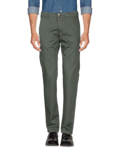 Фото 2 - Повседневные брюки от BROOKSFIELD темно-зеленого цвета