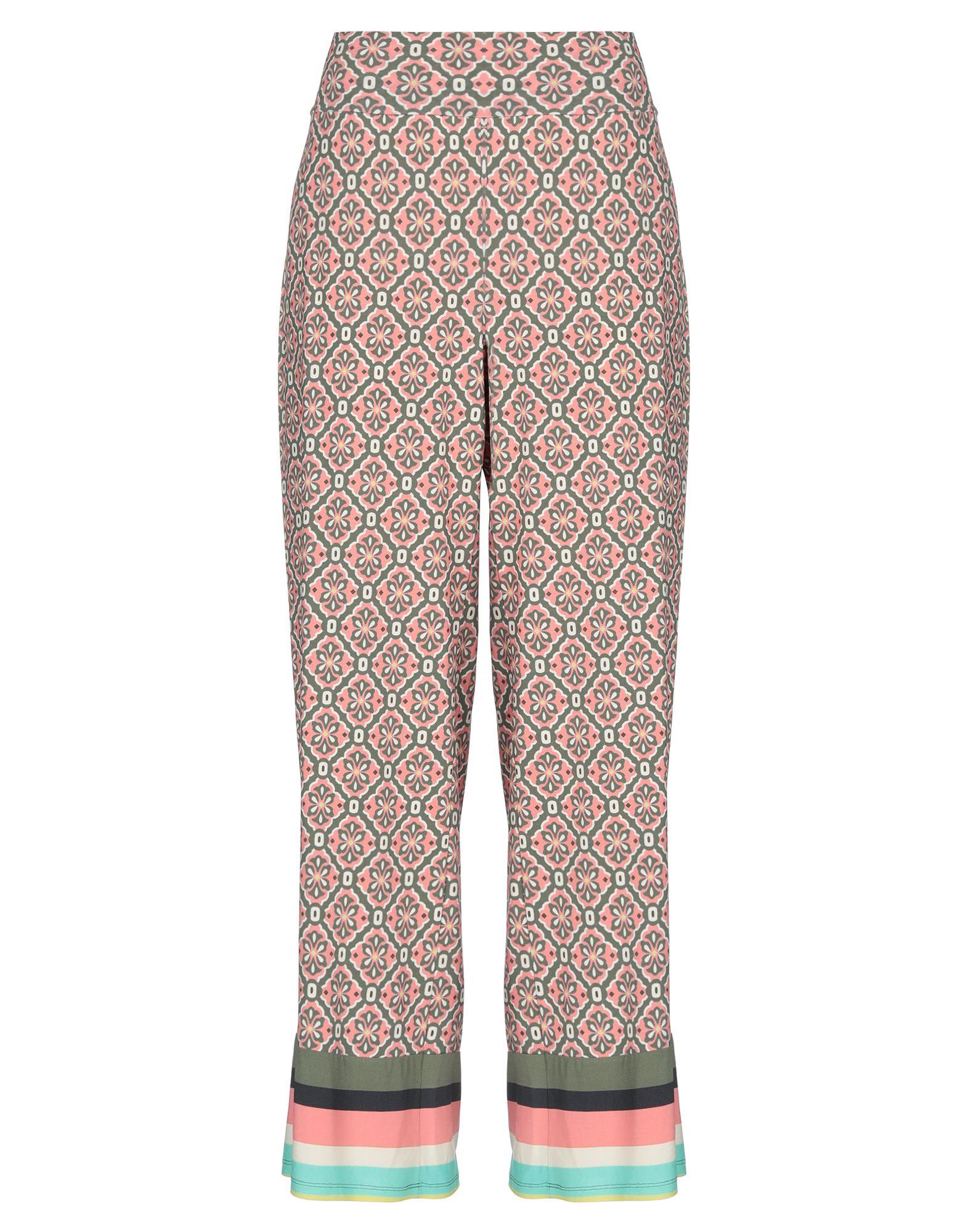 купить LE FATE Повседневные брюки по цене 10000 рублей