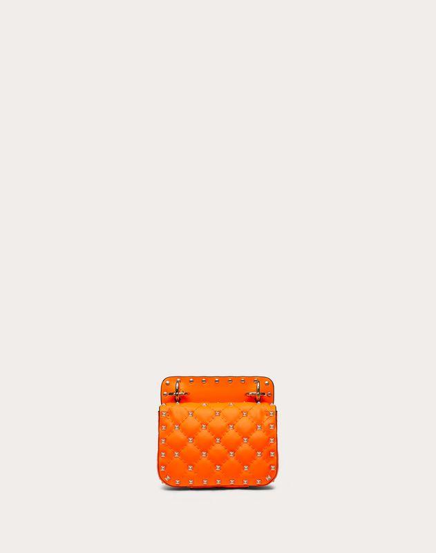 Mini-Tasche Rockstud Spike aus neonfarbendem Kalbsleder