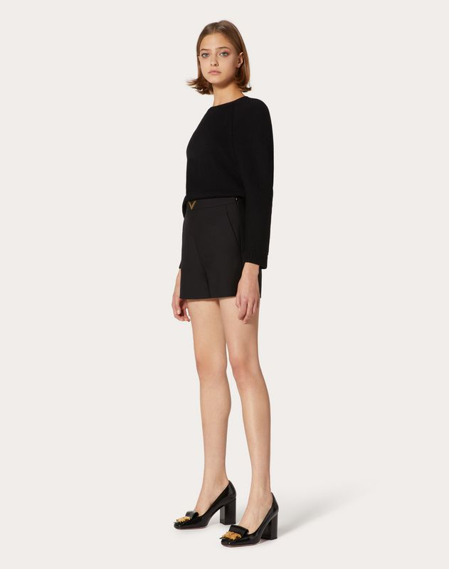 Shorts VGOLD aus Crêpe Couture