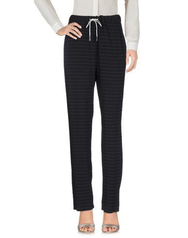 Фото 2 - Повседневные брюки от ELEVENTY черного цвета