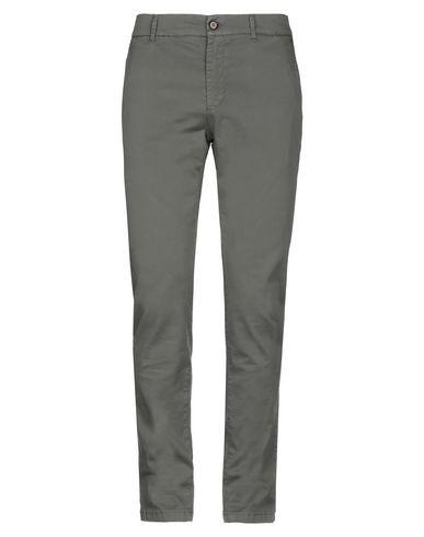Фото - Повседневные брюки от INDIVIDUAL цвет зеленый-милитари