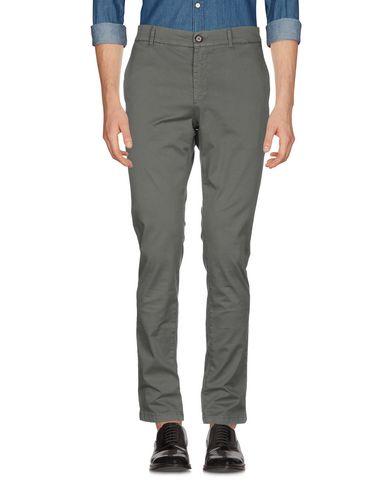 Фото 2 - Повседневные брюки от INDIVIDUAL цвет зеленый-милитари