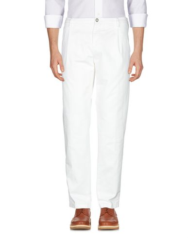 Фото 2 - Повседневные брюки от SIVIGLIA WHITE белого цвета