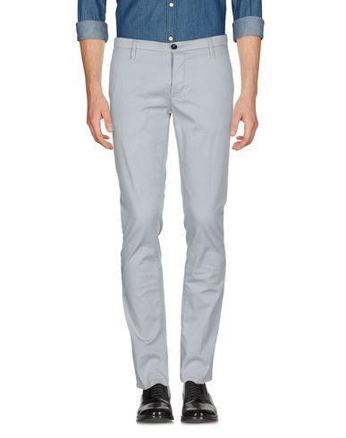 Фото 2 - Повседневные брюки от INDIVIDUAL светло-серого цвета