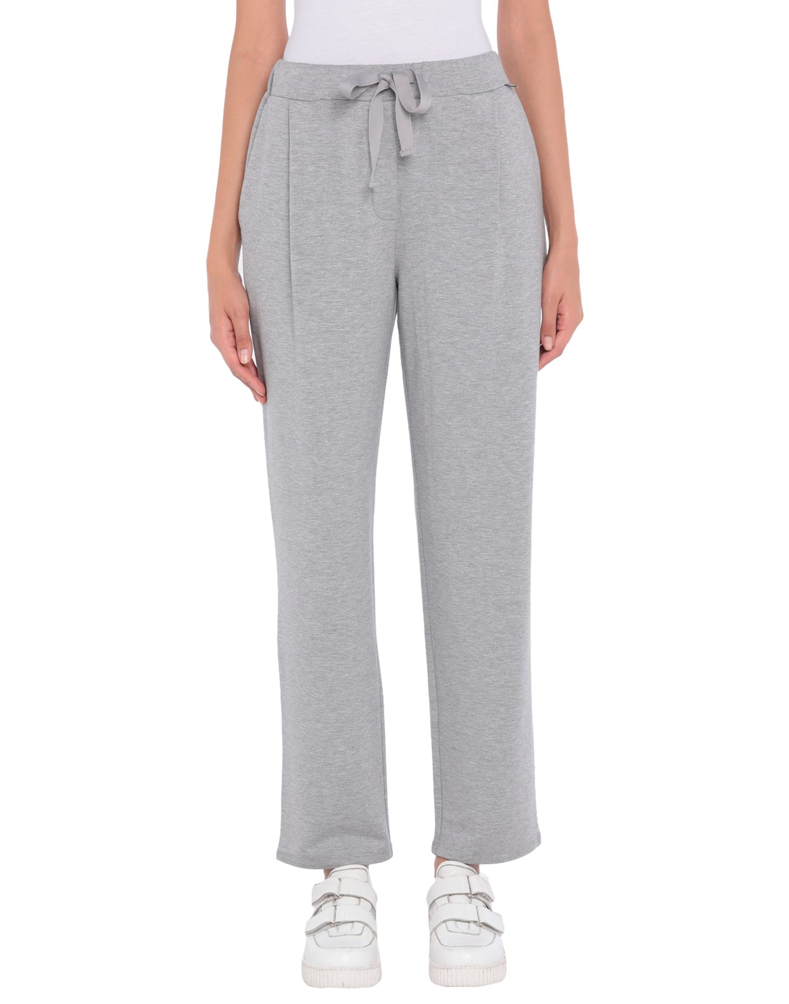 цена на WEEKEND MAX MARA Повседневные брюки
