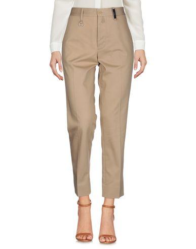 Фото 2 - Повседневные брюки от HIGH by CLAIRE CAMPBELL бежевого цвета