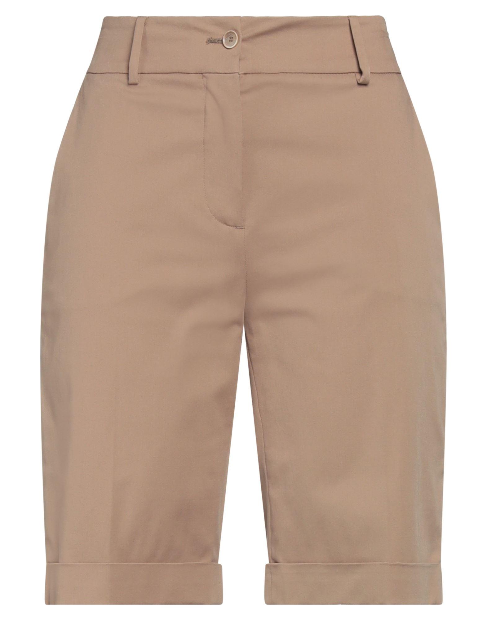 ELEVENTY Shorts. plain weave, no appliqués, solid color, high waisted, regular fit, straight leg, button, zip, multipockets, cuffed hems, stretch. 95% Cotton, 5% Elastane