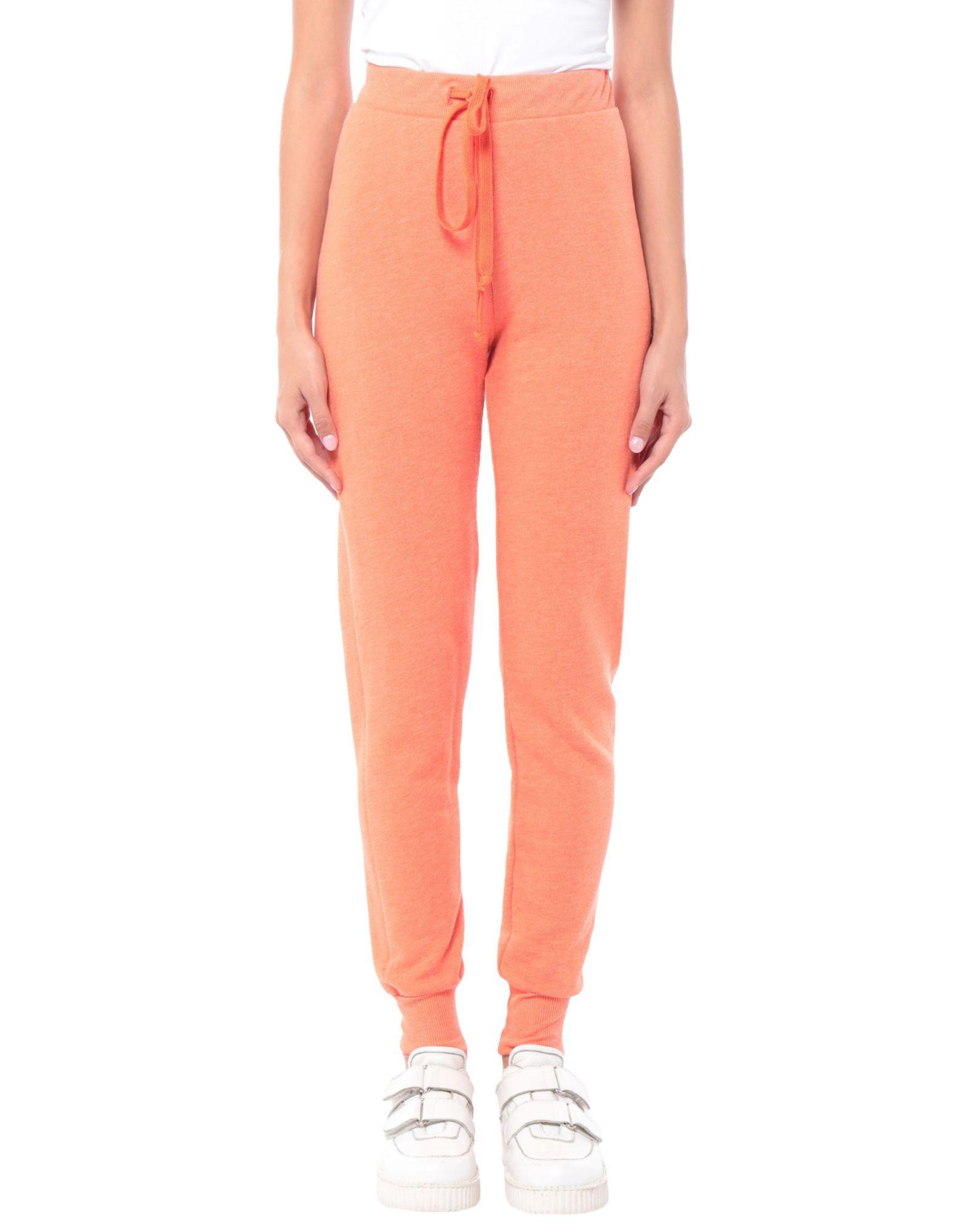 WILDFOX Casual pants. sweatshirt fleece, basic solid color, no appliqués, mid rise, regular fit, tapered leg, drawstring closure, no pockets. 50% Polyester, 50% Cotton