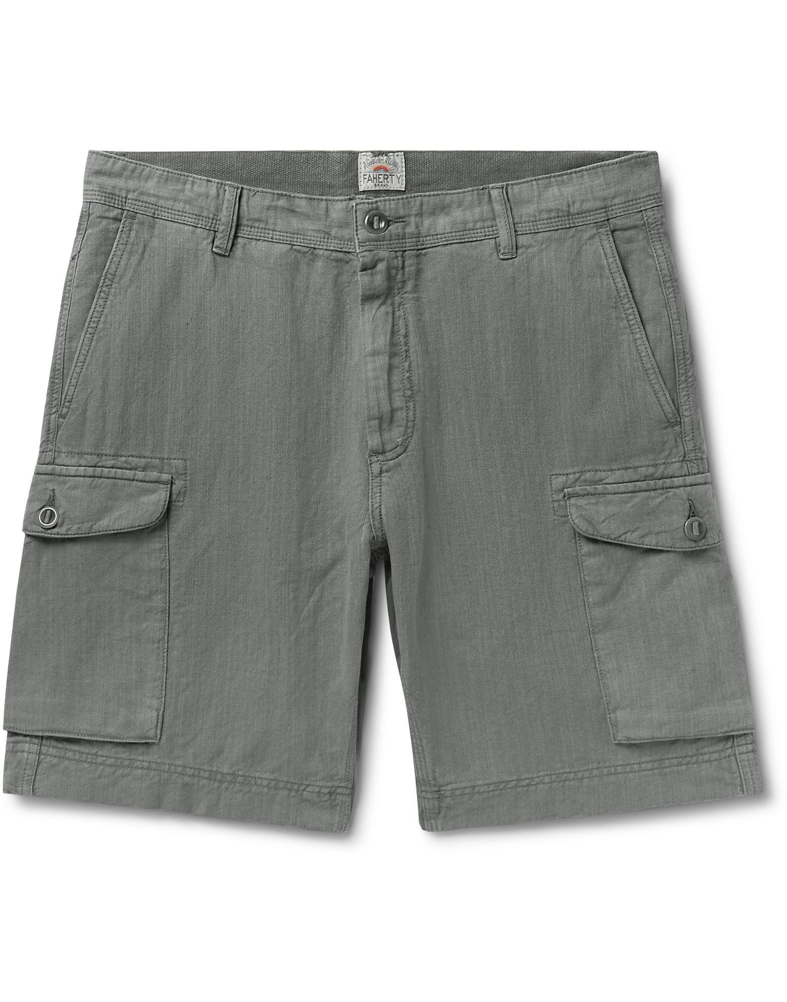 FAHERTY Bermudas. gabardine, solid color, no appliqués, mid rise, regular fit, straight leg, button, zip, multipockets. 58% Linen, 42% Cotton