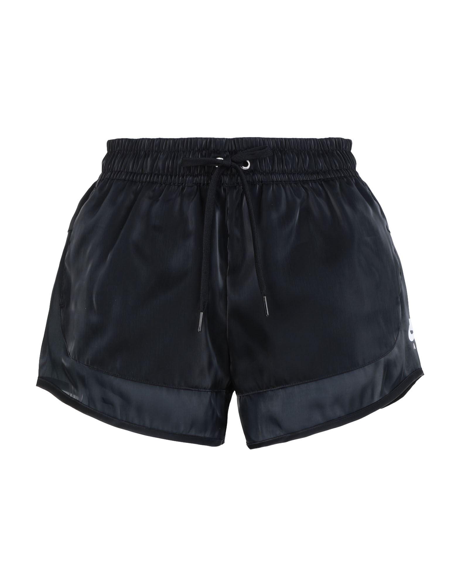 Фото - NIKE Повседневные шорты шорты подростковые nike fleece club19 aq3142 010