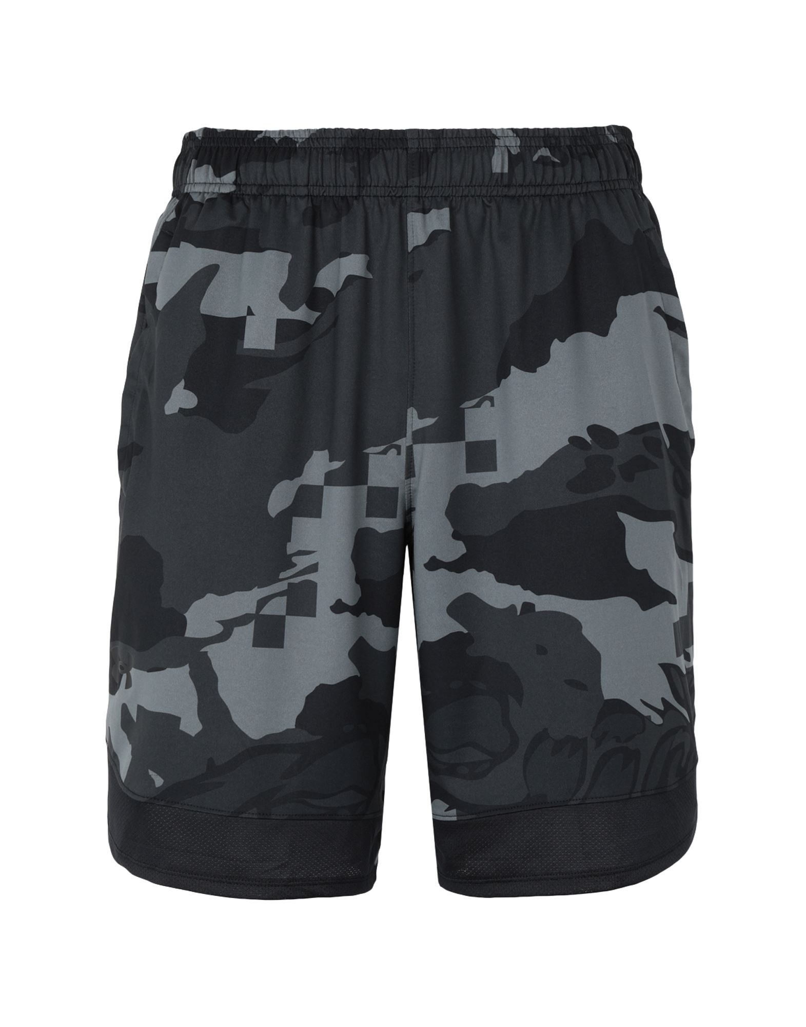 Under Armour Bermudas In Black