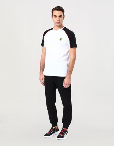Camiseta de hombre con escote de pico