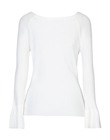 Фото 2 - Женский свитер KORALLINE белого цвета
