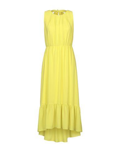 Фото - Платье длиной 3/4 от LUCKYLU  Milano желтого цвета