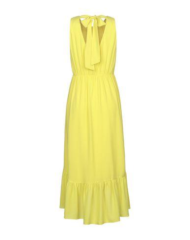 Фото 2 - Платье длиной 3/4 от LUCKYLU  Milano желтого цвета